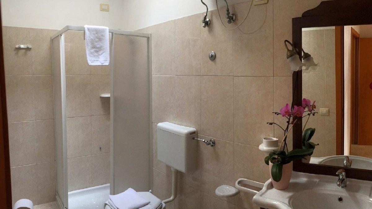 foto bagno 2 MOD